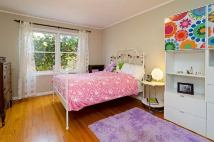 10-small-bed-jpg