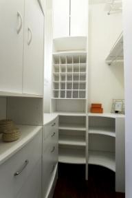4124-26thst-closet-jpg