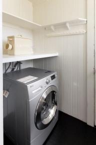 830broderick5-laundry
