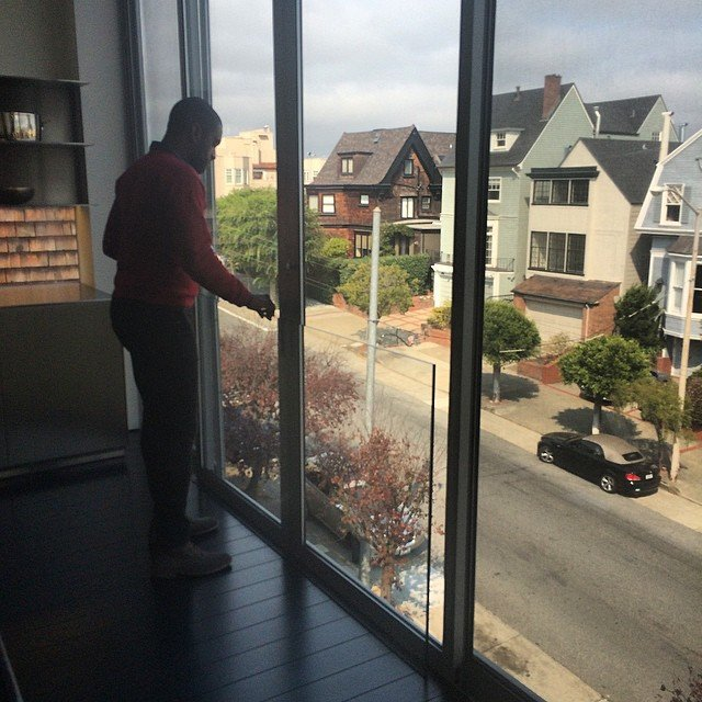 Antonio is dubious about the child safety of this slider at 2555 Union.  https://api.sftheo.com/listings/9c8282e4-1ee5-4b29-a564-52c0a9dce0e1